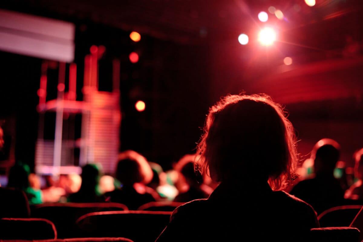 Ingressos para Teatro com Desconto: Como aproveitar?